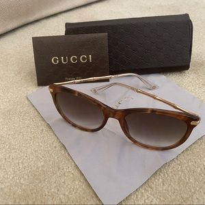 Gucci Women's Sunglasses- Brown Bamboo Style